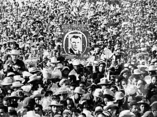Кубинский-народ-приветствует-Юрия-Гагарина